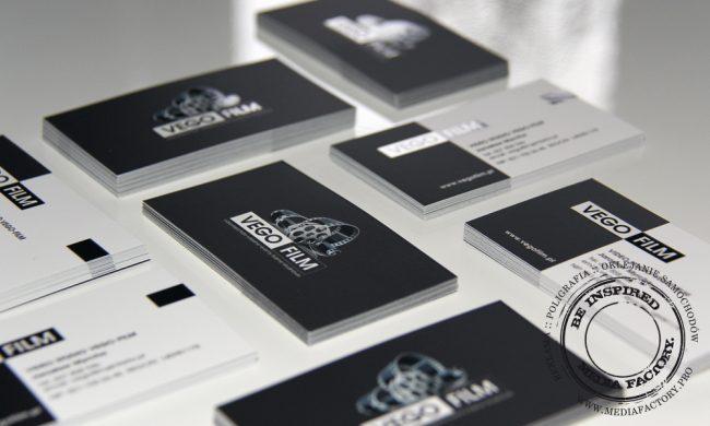 wizytowki VEGO FILM  folia mat lakier wybórczy punktowy UV czarno białe 3