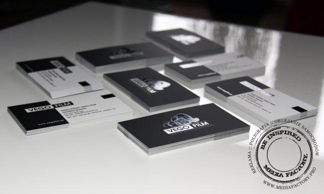 wizytowki VEGO FILM  folia mat lakier wybórczy punktowy UV czarno białe 4
