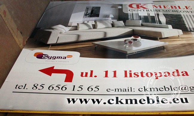 tablica reklamowa kanalik CK Meble Siemiatycze renowacja folia momoner laminat2