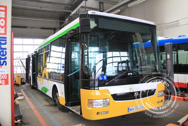 autobus Arriva koleje mazowieckie folia polimerowa wycinana ploterowo oklejanie 15