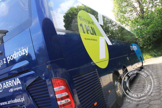 Arriva autobus Mercedes Tourismo folia wylewana do zmiany koloru auta oklejanie 10