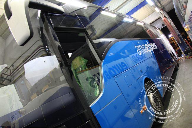Arriva autobus Mercedes Tourismo folia wylewana do zmiany koloru auta oklejanie 7