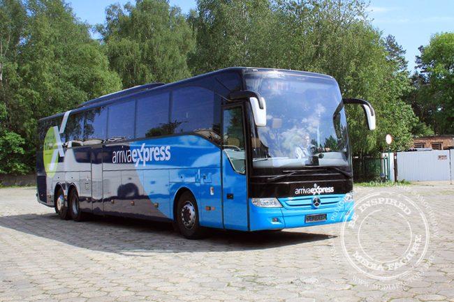 Arriva autobus Mercedes Tourismo folia wylewana do zmiany koloru auta oklejanie 8