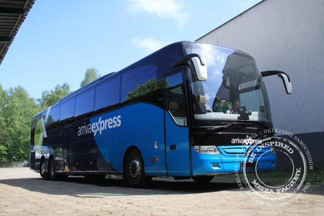 Arriva autobus Mercedes Tourismo folia wylewana do zmiany koloru auta oklejanie 9