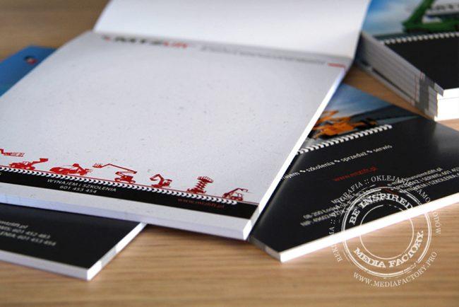 notes A5 MTZ Lift 50 kartek z nadrukiem z okladka klejony 1