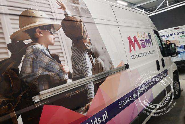 Mami Kids – Peugeot Boxer folia polimerowa laminowana projekt oklejanie samochodow